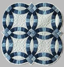 wedding ring quilt pattern crib bed quilts and wall hanging quilts by plain and simple quilts