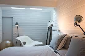 chambre avec lambris blanc lambris bois mur chambre mzaol seo04info