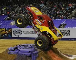 superheroes trucks car garage monster carolina crusher monster trucks wiki fandom powered by wikia