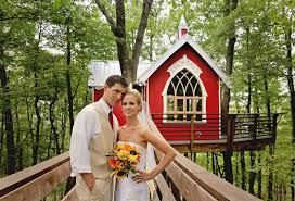 Wedding Barns In Ohio The Grand Barn At The Mohicans Venue Glenmont Oh Weddingwire