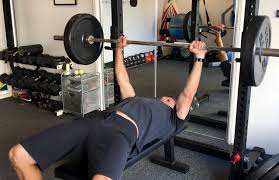 3 technique hacks to improve your benchpress right now