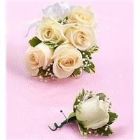 corsages and boutonnieres for prom prom homecoming flowerama