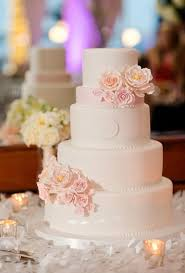 Wedding Cake Flowers Best 25 Monogram Wedding Cakes Ideas On Pinterest Monogram