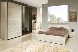 chambre à coucher chêtre chambre adulte complète contemporaine au style épuré