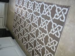 affordable accent rugs for stylish decorations dream houses