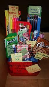gifts for school grads best 25 high school graduation gifts ideas on high