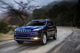 cherokee jeep 2014 2014 jeep cherokee more fuel efficient crossover now en route to