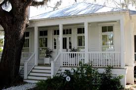 houses with silver metal roofs google search exteriors