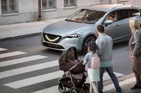 smiling self driving cars could put pedestrians at ease lovesick