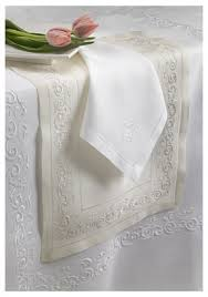 bella lux fine linens table runner 448 best manteles images on pinterest embroidery table runners