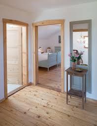 Design Vom Schlafzimmer Ferienwohnung Bergfex Chiemseeurlaub Alte Gendarmerie übersee
