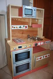 cuisine enfants en bois fabriquer cuisine bois enfant lzzy co