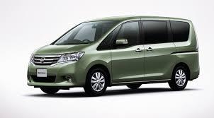 nissan serena 2011 nissan serena minivan makes its introduction in japan