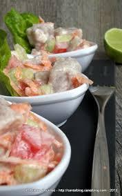 cuisine tahitienne traditionnelle salade tahitienne ou poisson cru au lait de coco un grain de