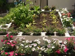 Raised Flower Bed Corners - 262 best gardening in raised beds images on pinterest gardening