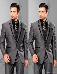 Country Style Wedding Tuxedos 2018 Gentlemen One Button Shine Grey Groom Tuxedos Best Man Suits