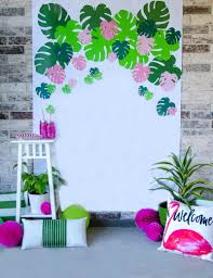 how to make a tropical backdrop by lindi haws of the day