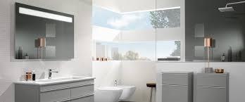 badezimmer licht licht im badezimmer richtig einsetzen villeroy boch