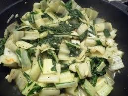 cuisiner les bettes côtes de bettes à la provençale les recettes de virginie