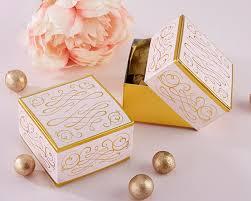 wedding favor containers wedding favor container up myweddingfavors wedding tips