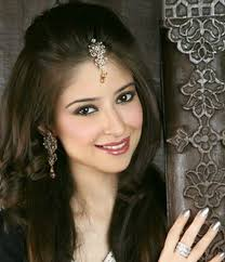 poof at the crown hairstyle best open hair styles free hair styles for saree