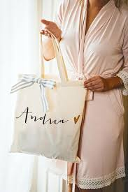 bridesmaid bags bridesmaid bags 2017 wedding ideas magazine theweddings appnow us