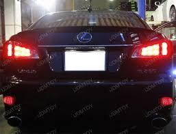 lexus 250 is 2011 lexus is250 has sporty exterior styling led bumper reflectors