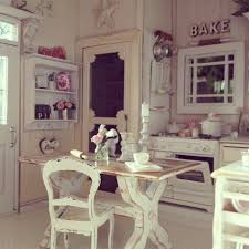 Shabby Chic Dollhouse by 449 Best My Kinda Dollhouse Images On Pinterest Dollhouses