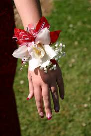 prom wrist corsage ideas 135 best corsages images on prom corsage prom flowers