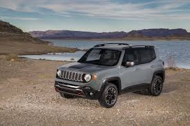 silver jeep renegade 2015 jeep renegade estimated to get at least 30 mpg highway photo