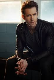 celeber ru ryan reynolds green lantern photoshoot 2011 09 jpg 800