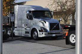 2014 volvo truck tractor volvo recalls more than 2 800 vnl vnm model trucks