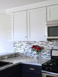 glass tile kitchen backsplashes pictures metal and white mosaic glass tile backsplash with metal in it white and gray