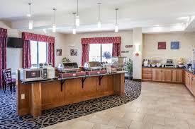 Breakfast At Comfort Suites Hotel Comfort Suites Wenatchee Wa Booking Com