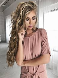 hairstyles for long hair blonde how to get gorgeous beach curls in less than 20 minutes