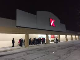 black friday sears 2014 the new black friday means lines but less frenzy at kmart sears