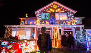 Christmas Decorations Discount Uk by Christmas Lights Britain U0027s Most Festive Street Lit Up Decorations