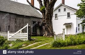colonial home stock photos u0026 colonial home stock images alamy