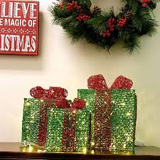 pre lit christmas gift boxes led lighted christmas gift box green set of 3 6 8 10