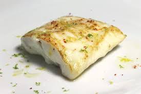 cuisine poisson technique pour snacker un poisson dans une poêle en inox