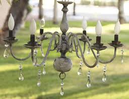 best 25 shabby chic chandelier ideas on pinterest shabby chic