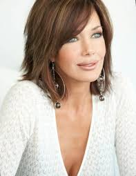 just above the shoulder haircuts with layers best 25 mid length hairstyles ideas on pinterest shorter length