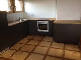 plan de travail cuisine gris anthracite cuisine blanche plan de travail gris anthracite enchanteur quelle