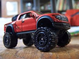 ford raptor lifted diecastination look down on your prey with a ford f 150 svt