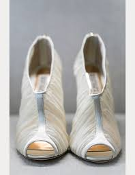 gray wedding shoes 20 winter wedding shoes