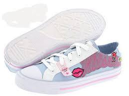 احذية بناتية رياضية images?q=tbn:ANd9GcRFxvDG_GeVDW1vrBEiUIArUZkWLS-H63VcoDahNFg7bOBgPEfr
