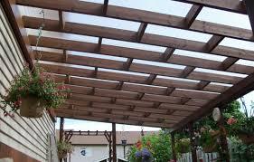 struttura in legno per tettoia pensiline e tettoie in acciaio inox legno ferro policarbonato