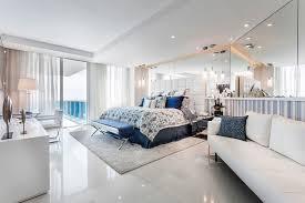 chambre de luxe avec appartement de luxe avec vue sur l eau situé sur la côte en