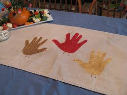how to handprint turkey thanksgiving table runner or use fabric