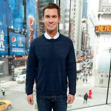 Interior Therapy With Jeff Lewis Biography And Facts About Flipping Out U0027s Jeff Lewis Popsugar Home